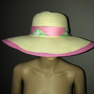 NWT Lilly Pulitzer Pretty Pink Tootie Hat a34705f4ce9f
